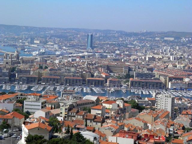 10.06.04-0301   マルセイユ 全景1.jpg