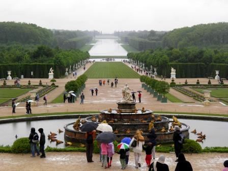 10.06.09-0402  パリ ベルサイユ2.jpg