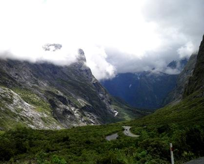 10.12.18-101  山岳・滝1A.jpg