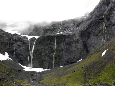 10.12.18-103  山岳・滝3.jpg