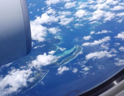 10.12.19-552  サンゴ礁の島2.jpg